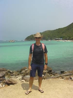 Koh Larn, Tien Beach